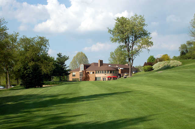 View of the clubhouse at Pleasant Valley Golf Club