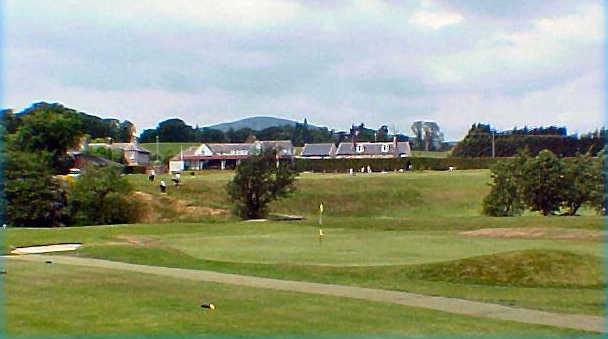 Glencorse Golf Club - 1st Green