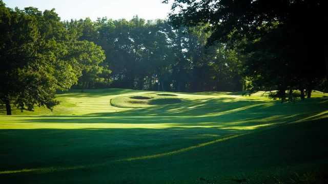 A view of a green at Lakewood Oaks Country Club