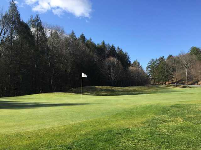 A view of the 9th hole at Crumpin-Fox Club.