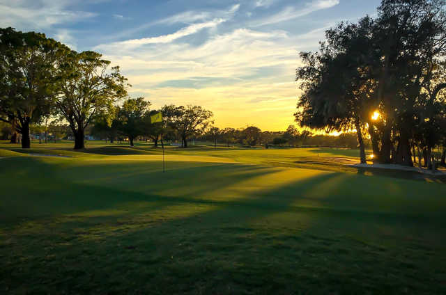 A sunset view of hole #1 at Riviera Country Club (Jocelyn Falardeau).