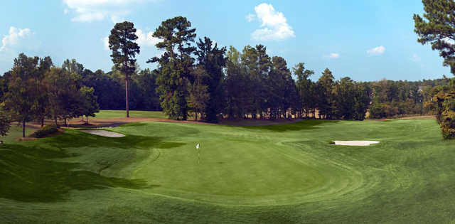A view of a hole protected by bunkers from Trophy Club of Apalachee.