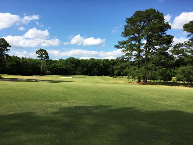 A view of hole #4 at Mississippi State University Golf Club.