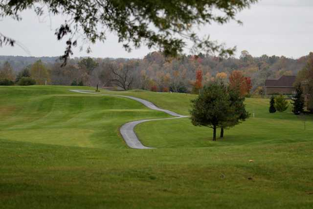 A fall day view of a tee at Boone's Trace National Golf Club.