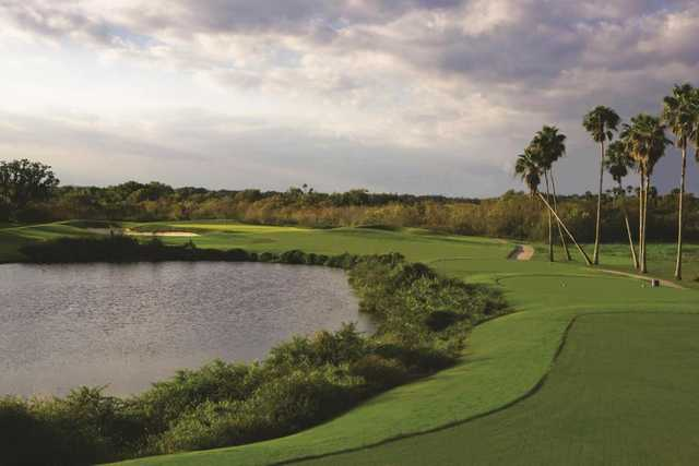 A view from a tee at Heritage Harbour Golf Club (CMS Photography/Chad Spencer).