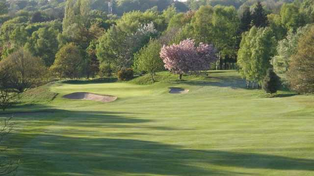 View of a green at Leeds Golf Club.