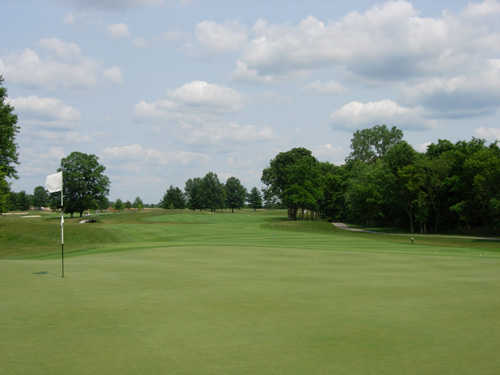 A view of the 4th green at Glenross Golf Course