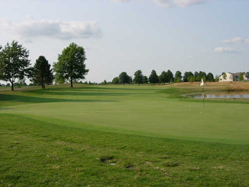 A view of hole #18 at Glenross Golf Course