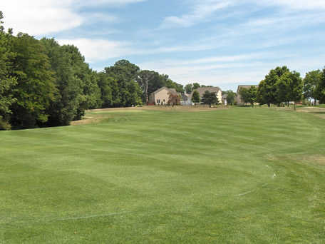 A view of the 2nd hole at Delaware Golf Club