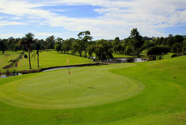 A view of hole #16 at Jamberoo Golf Club.