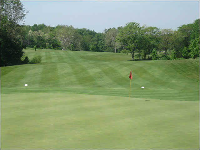 A view of the 4th green at Upper Lansdowne Golf Course