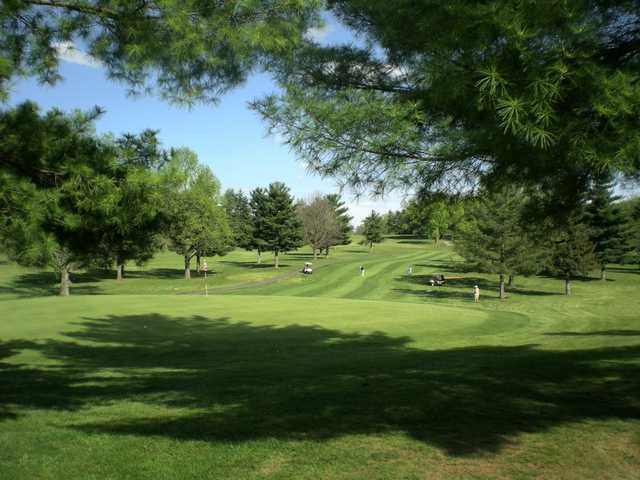 A view of a green at Pickaway Country Club
