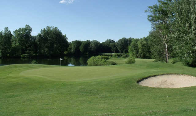 A view of a green at Chisholm Hills Golf Club.