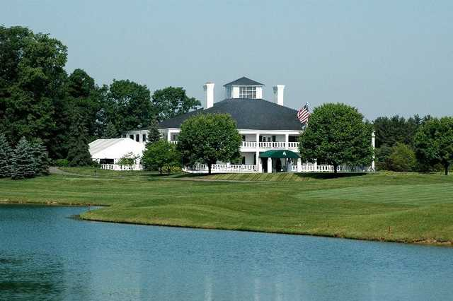 A view of the clubhouse at Lakes Golf & Country Club