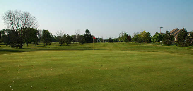 A view of a green at Cedar Glen Golf Club (Two Guys Who Golf).