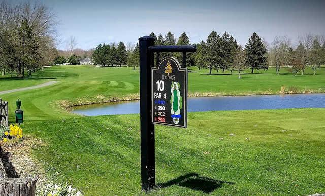 A view of tee #10 sign at The Pines at Lake Isabella.