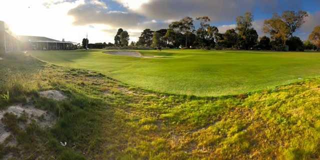 View of a green at Kooringal Golf Club