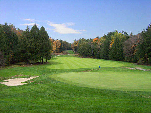 A view of the 10th  hole at Crumpin-Fox Club