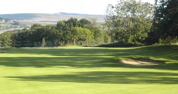 Pumpherston Golf Club - 10th Green