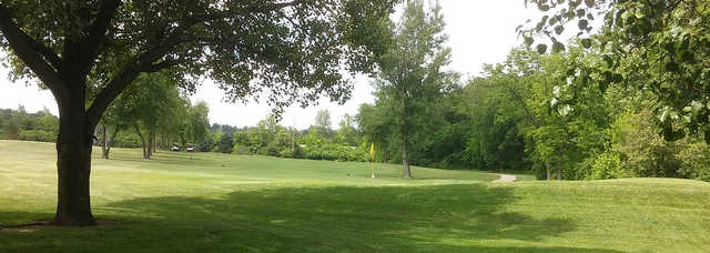 A view of a green at Arnold Golf Club