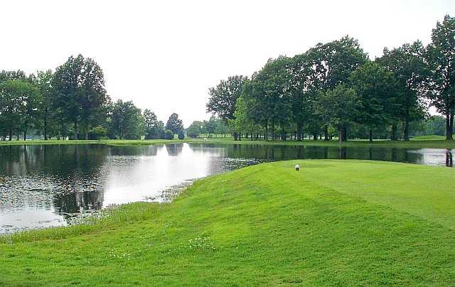 A view of a tee at Franklin County Country Club.