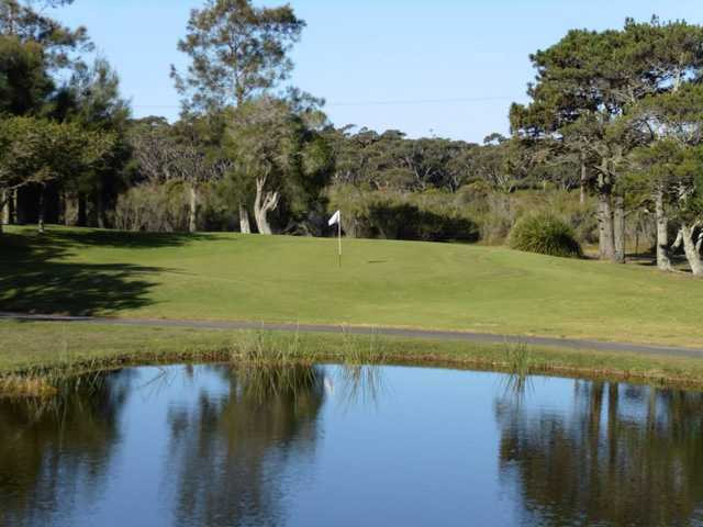 A view of hole #3 at Boomerang Public Golf Course.