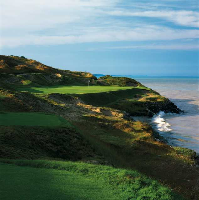 No. 7 on the Straits Course (Shipwreck) - Down the path to the shoreline, the picturesque par 3 creates a dramatic approach to the green.