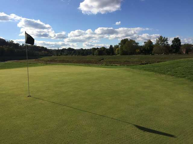 A sunny day view of a hole at Ohio University Golf Course.