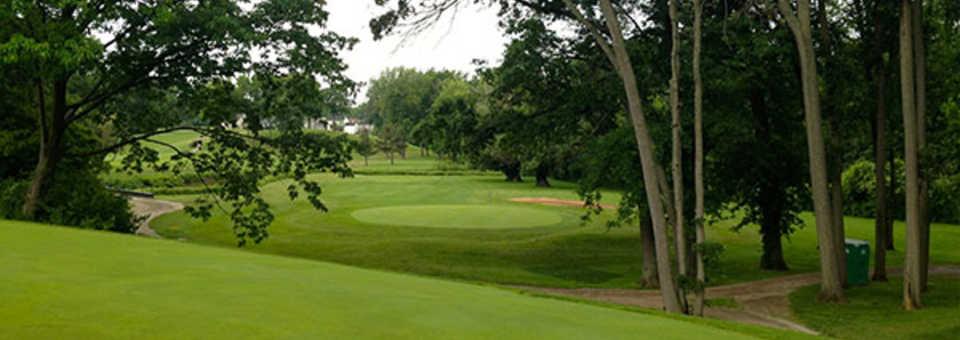 Fox Creek Golf & Racquet Club