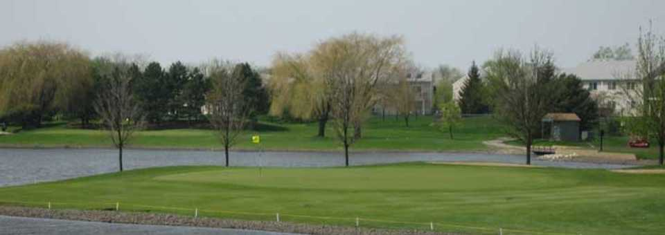Walnut Greens Golf Course