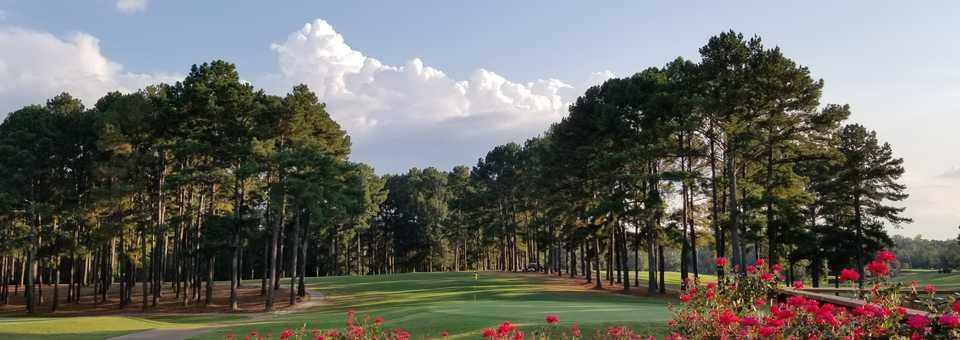 Bay Pointe Resort & Golf Club