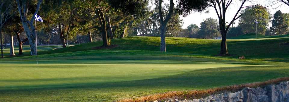 Los Lagos - Costa Mesa Country Club