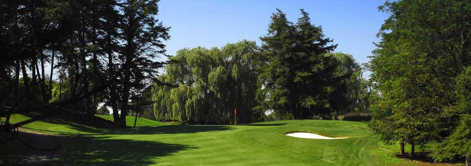 Cherry Downs Golf & Country Club