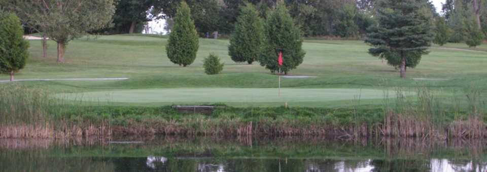 Oakland Greens Golf & Country Club