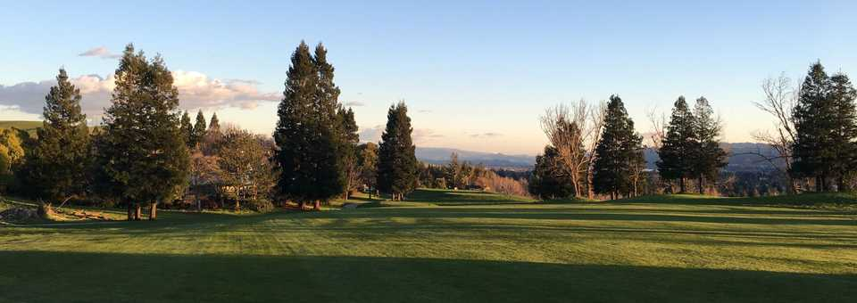 Canyon Lakes Golf Course & Brewery