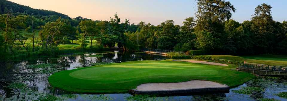 The Vale Resort - Lake Course