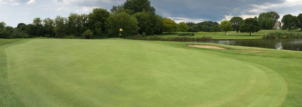 Streamwood Oaks Golf Club