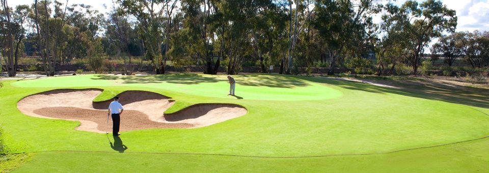 cluBarham Golf and Sports
