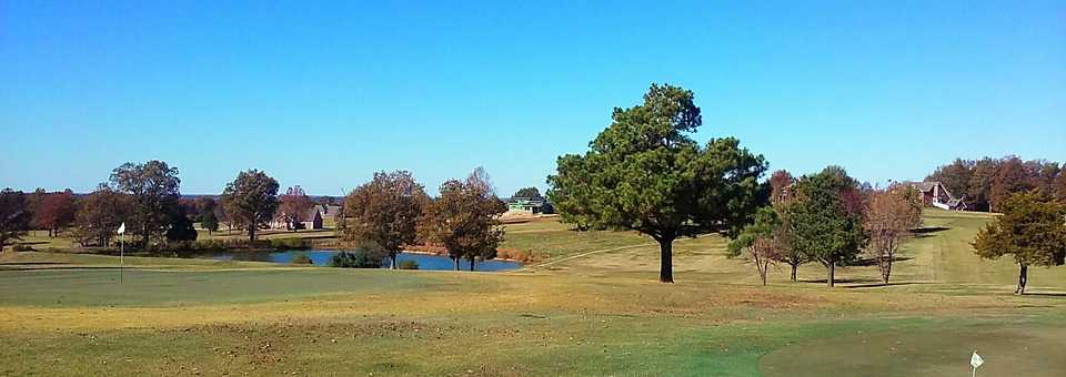 Hidden Trails Country Club