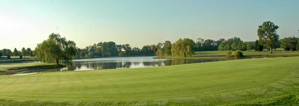 The Hollows Golf Club