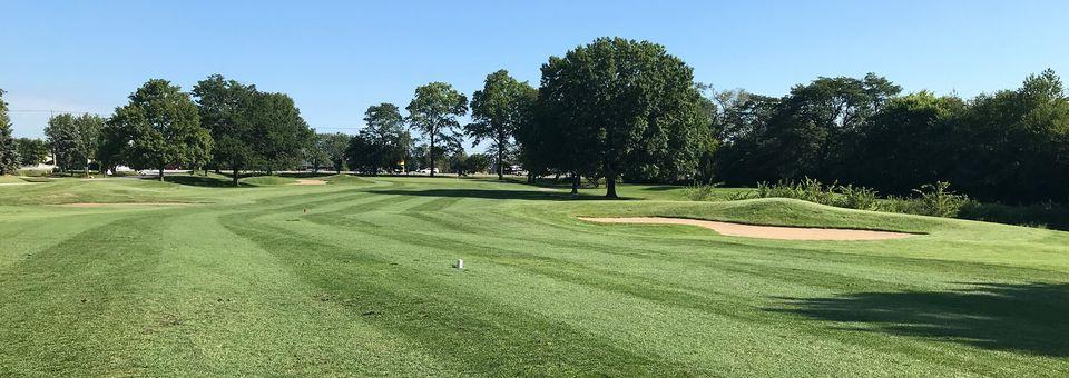 Village Greens of Woodridge Golf Course