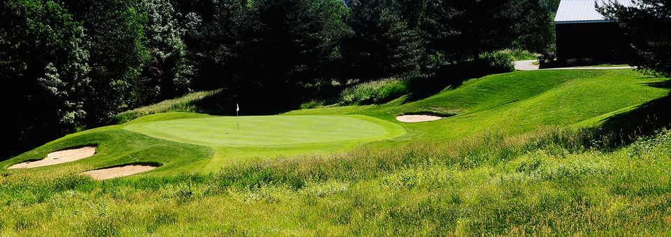 Player at Lyman Orchards Golf Club