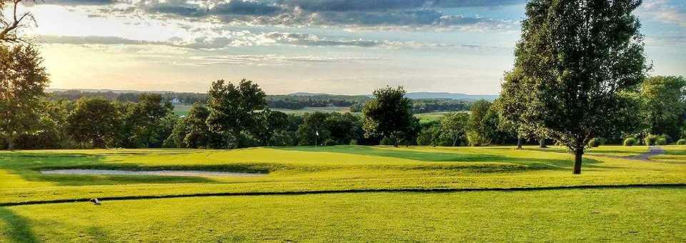 Hillsborough Country Club