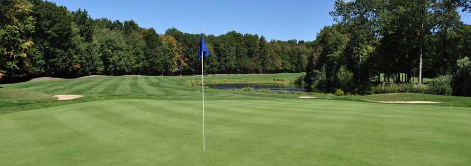 Flanders Valley Golf Course - Blue-to-White