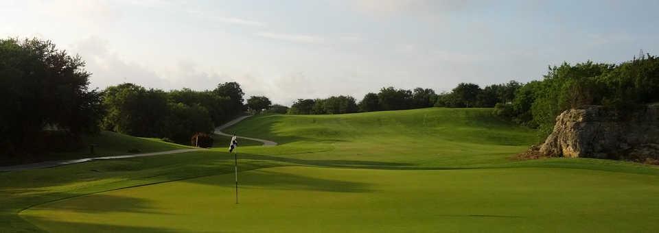 Olympia Hills Golf Club