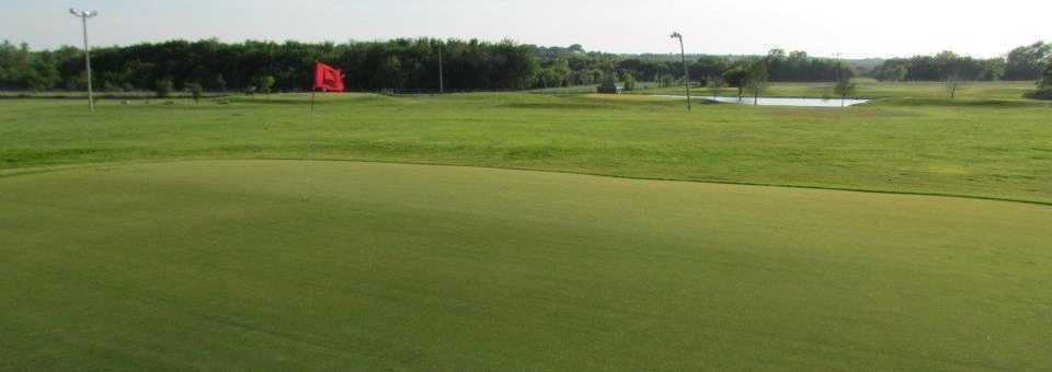 Benbrook Lighted Par 3, Range, Mini Golf & Batting Cages
