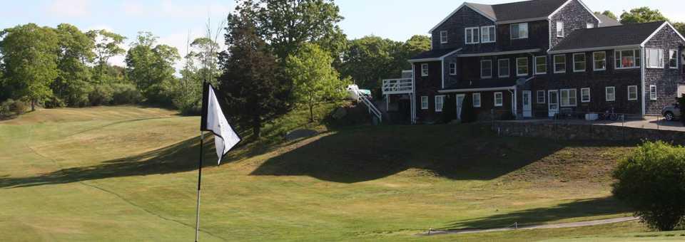 Winnapaug Golf & Country Club