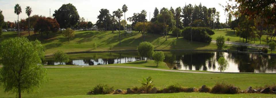 Alondra Park Par 3 Golf Course