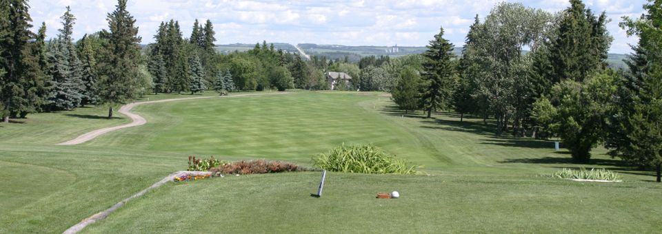 Lacombe Golf & Country Club