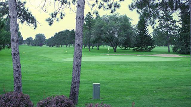 Perham Lakeside Country Club